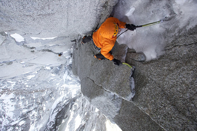 J. Huey na North Couloir Direct