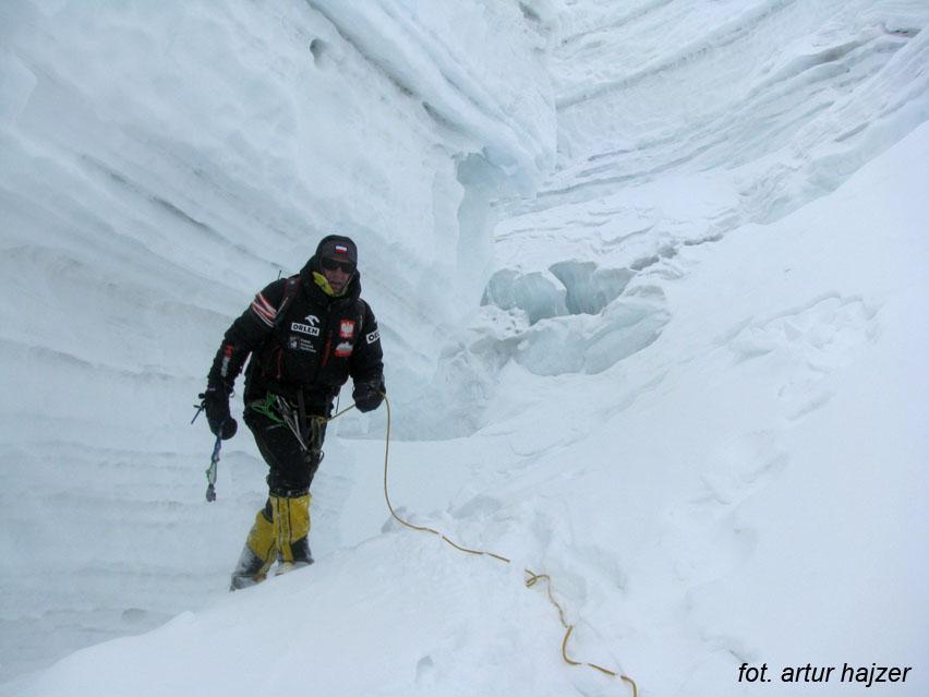 Janusz na lodowcu w drodze do obozu pierwszego