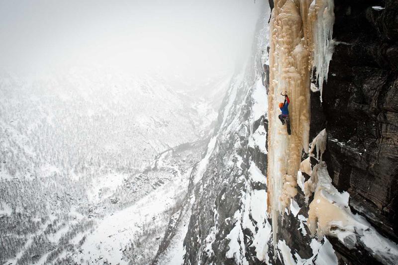 Papert Ines w Norwegii podczas wspinaczki lodowej