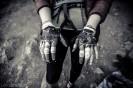 Ręce Oli Kosek po klinowaniu