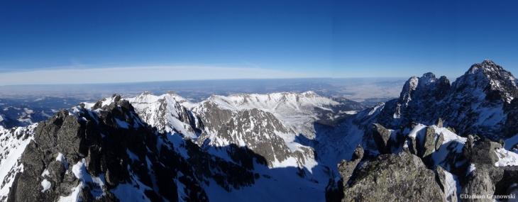 Widok z Baranich Rogów na Kieżmarską Dolinę